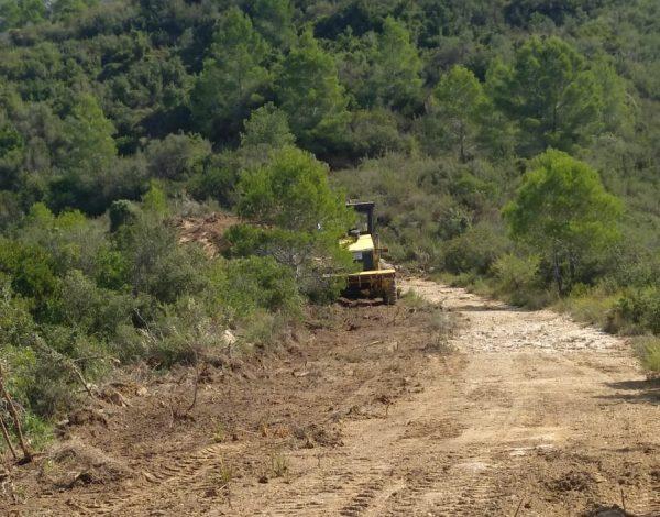 Comencen les obres de reparació i condicionament de les pistes forestals del paratge natural municipal Murta-Casella