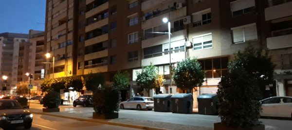 L'Ajuntament escolta els comerciants i millora la il·luminació del centre d'Alzira