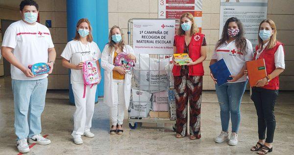 El Departament de Salut dona a Creu Roja 64 kg de material escolar