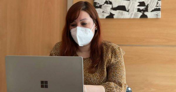 Gemma Alos aspira a il·lusionar els militants alzirenys amb la seua aposta per dirigir el partit
