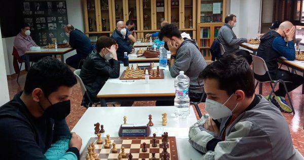 Paco Barbero i Guillermo Barberán lideren el Provincial d'Escacs