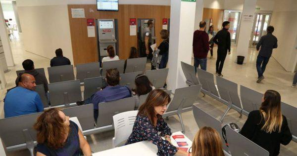 Baixa l'atur a Alzira i la Ribera un 2%