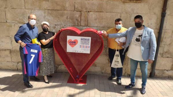 Uns Cors Solidaris arreplegaran els taps de plàstic